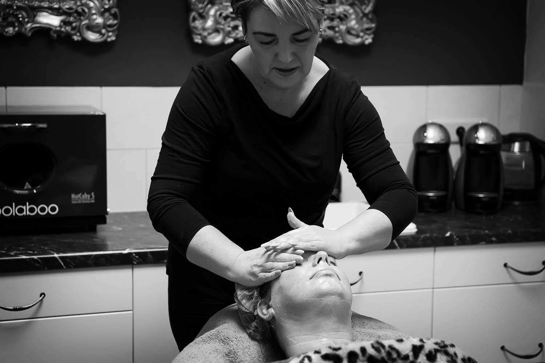 4D Skin renewing & deep tissue treatment