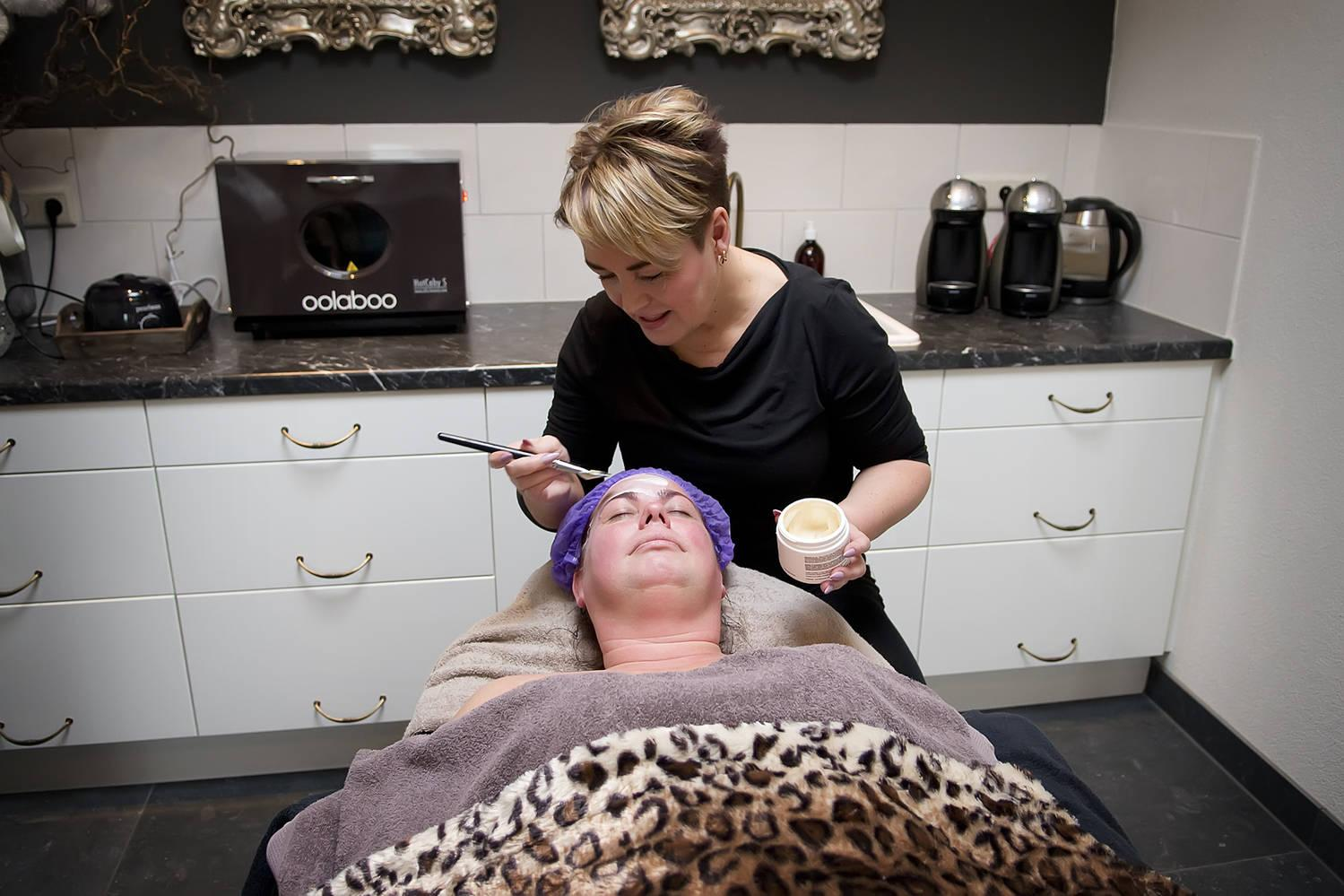 Henna brows   Laat je wenkbrauwen doen bij Wilma's Saloon